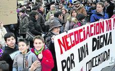 La red concertada negocia con cada sindicato en busca de pactos en minoría