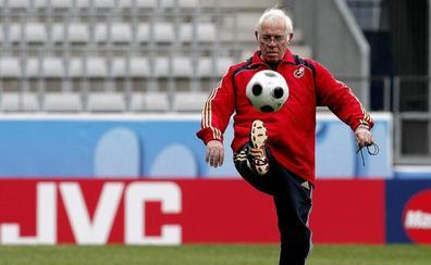 El fútbol español recuerda a Luis Aragonés en el quinto aniversario de su muerte