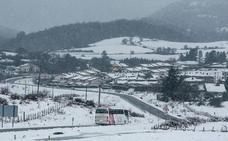 Las mejores imágenes de la nevada en Vitoria y las cumbres de Álava