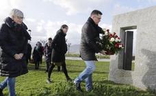 Getxo rinde un emotivo homenaje a las víctimas de la Guerra Civil y el franquismo