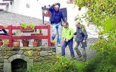 Sorzabal y Pla alegan que trabajaban por la paz cuando fueron detenidos armados