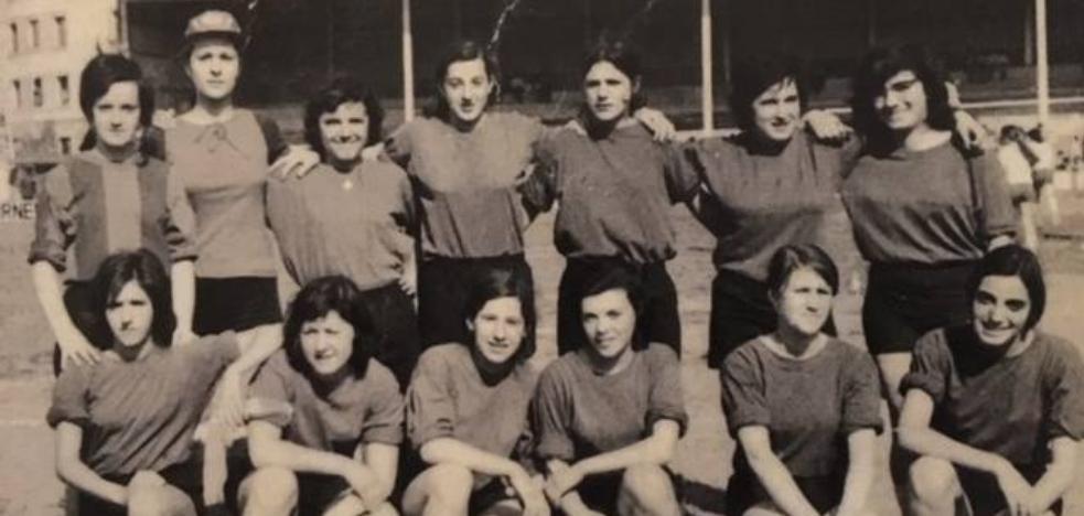 El día que el fútbol femenino vasco desafió al machismo en época de Franco