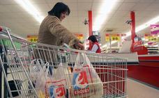 Los supermercados compiten por liderar la campaña antiplástico