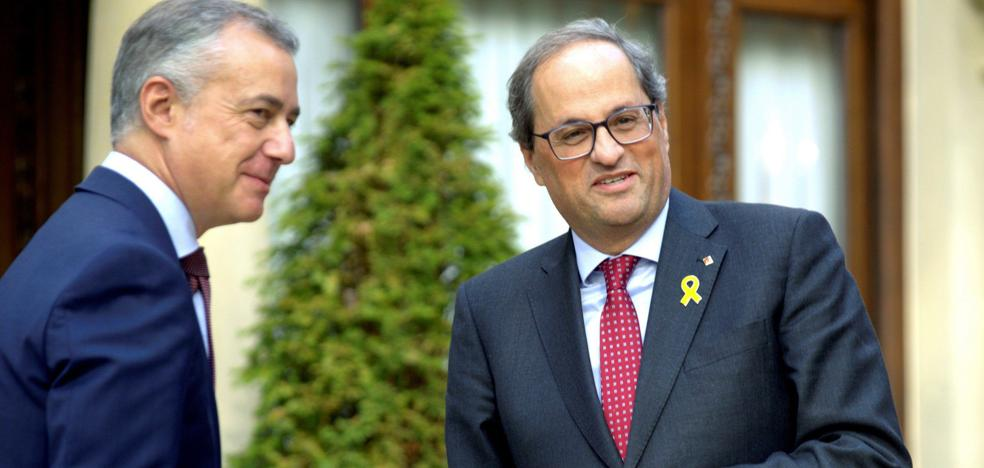Urkullu bendice la figura del relator en Cataluña