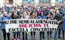 Los sindicatos deciden hoy si continúan la huelga en la concertada