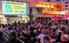 Korterraza cumple diez años de cine al aire libre en Álava