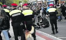Bilbao pagará lo mismo a agentes municipales en prácticas que a fijos