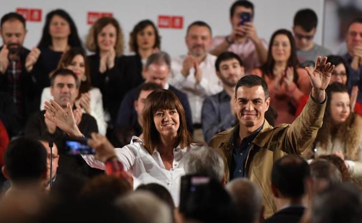 El presidente del Gobierno, Pedro Sánchez, en Barakaldo, en imágenes