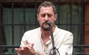Juanjo Navas, el cantaor de Otxarkoaga: «En Bilbao se aprecia mucho el flamenco»