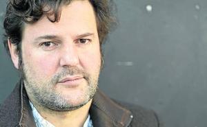 Jacobo Bergareche: «Me miro en el joven que fui y en el anciano que seré»