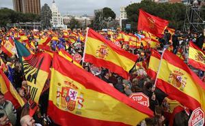 PP y Ciudadanos asumen el riesgo de movilizarse en la calle de la mano de Vox