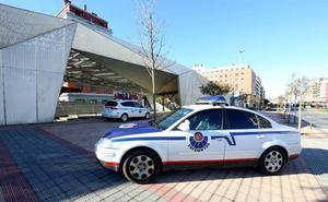 Suspendido de empleo el ertzaina detenido por la agresión sexual a una prostituta en Bilbao