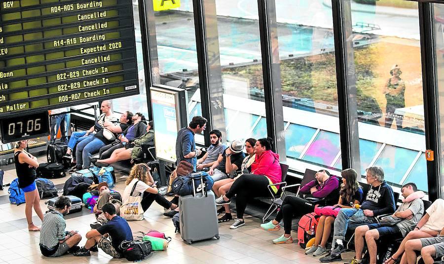 Ciudadanos indefensos en los aeropuertos