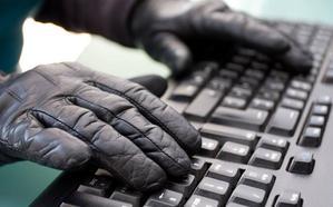 Enpresei zuzenduriko posta elektroniko bidezko iruzurrez ohartarazi dute