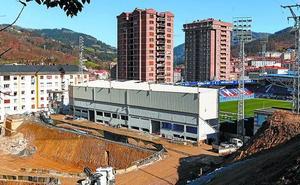 Diputación concede 630.000 euros para la construcción de la tribuna oeste