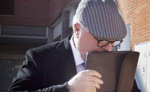El BBVA tiene hasta el lunes para entregar en el juzgado los contratos con Villarejo