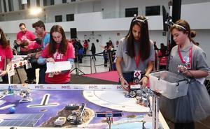 Cuatro centros alaveses compitieron en el certamen vasco de la First Lego League