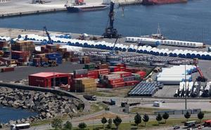 Fallece un trabajador en el Puerto de Bilbao tras precipitarse desde una grúa