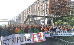 Dolor en el Puerto de Bilbao por el fallecimiento de un estibador