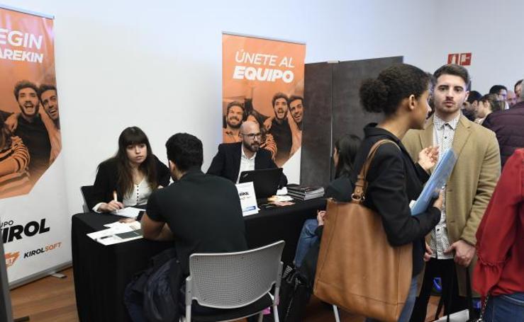Estudiantes y empresas se unen para fomentar el empleo