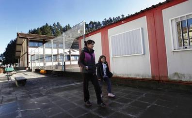 Educación recolocará en 12 barracones a los alumnos de Berriatua para ampliar la escuela