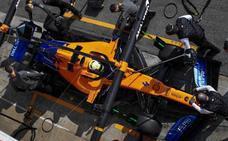 Un incendio en el box de McLaren deja tres heridos por quemaduras