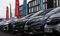 La prohibición definitiva de vender coches diésel y gasolina se fija en 2040