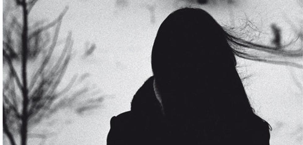 'Formas de estar lejos' de Edurne Portela