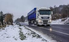 Nueve paradas para camiones acabarán con las congestiones diarias entre el puerto de Barazar y la autopista