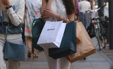 Segunda oportunidad para la «adicta a las compras» que hundió la pyme de Vitoria en que trabajó