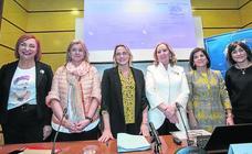 Mujeres en una política que «aún huele a 'Varón Dandy'»