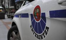 Los clientes de un bar de Lamiako ayudan a detener a un ladrón que agredió a la dueña