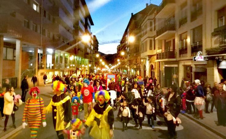 Galdakao descorcha el Carnaval