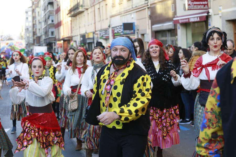 El desfile de Carnaval de Vitoria 2019, en imágenes