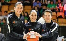 Tres mujeres arbitrarán una final de Copa por primera vez en la historia