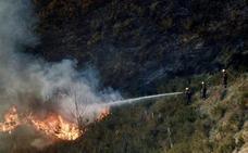 25 incendios siguen activos en Asturias y Cantabria