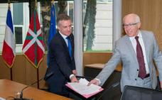 Euskadi e Iparralde estrechan sus lazos y proyectan una etapa conjunta del Tour