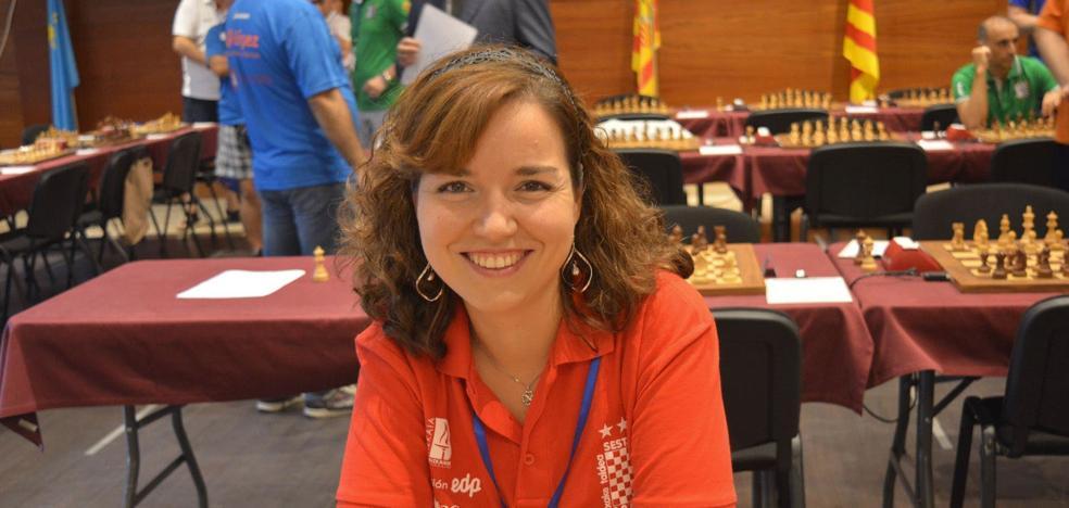 Sabrina Vega, del Club de Ajedrez de Sestao, premio Reina Sofía por negarse a cubrirse con el velo