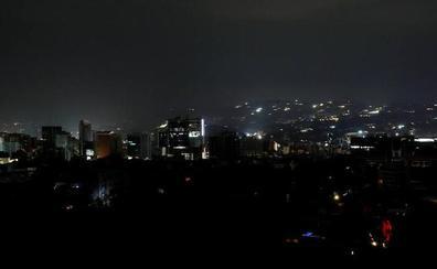 Un gran apagón deja a oscuras a Venezuela