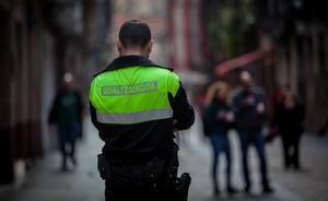 Detenido un hombre de madrugada en Iturribide por golpear a su pareja sentimental