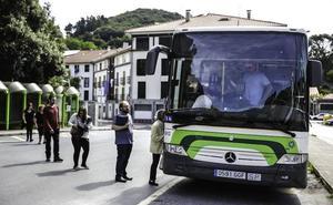 Educación abre el transporte escolar a los alumnos de FP y Bachiller de Lea