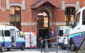 De Basurto a Txagorritxu en una ambulancia robada