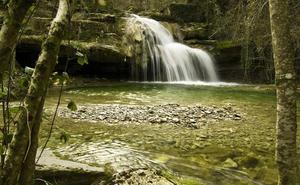 Excursión a la cascada de Irús en el Valle de Mena