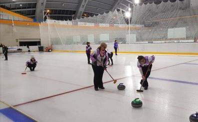 Iparpolo Curling, a por un puesto en la final femenina por equipos