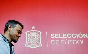 Luis Enrique: «Estamos en fase de evolucionar y la competencia eleva el nivel»