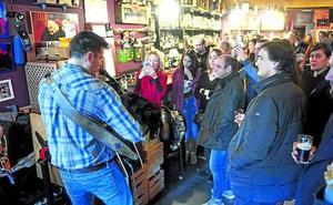 Hosteleros recurrirán las restricciones a los conciertos en bares