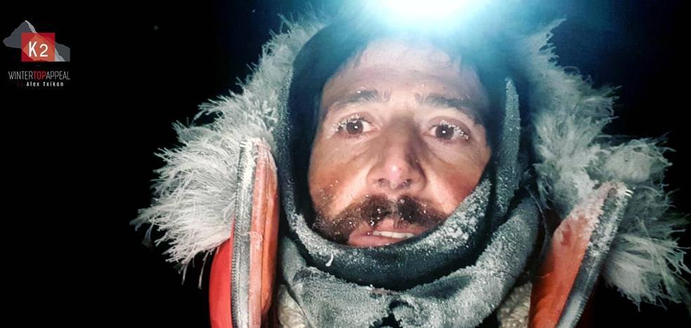 Txikon abandona el ascenso al K2