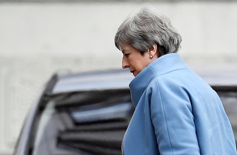 Los 27 instan a May a justificar los motivos para un aplazamiento del 'brexit'