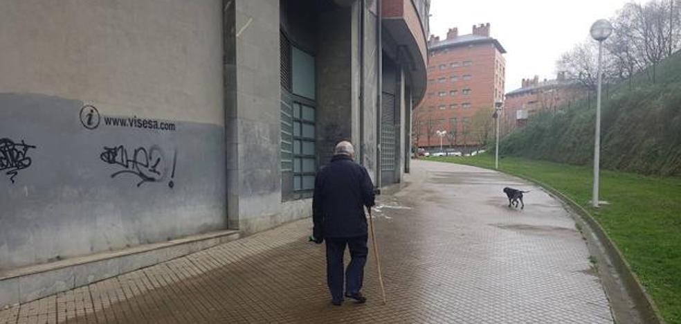 El hombre apuñalado en Santutxu había quedado con su agresor a través de una web de citas