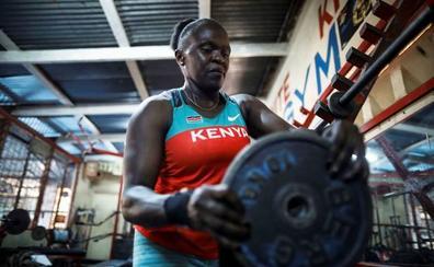 Mercy Obiero, de los suburbios de Kenia a pionera olímpica de halterofilia